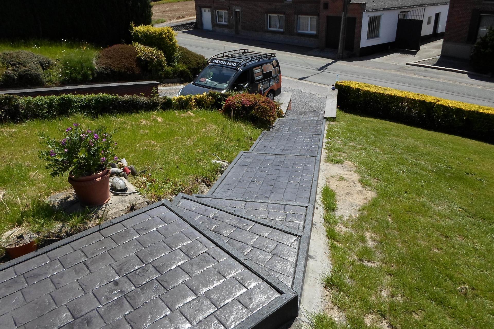 Escalier en béton imprimé à Tournai