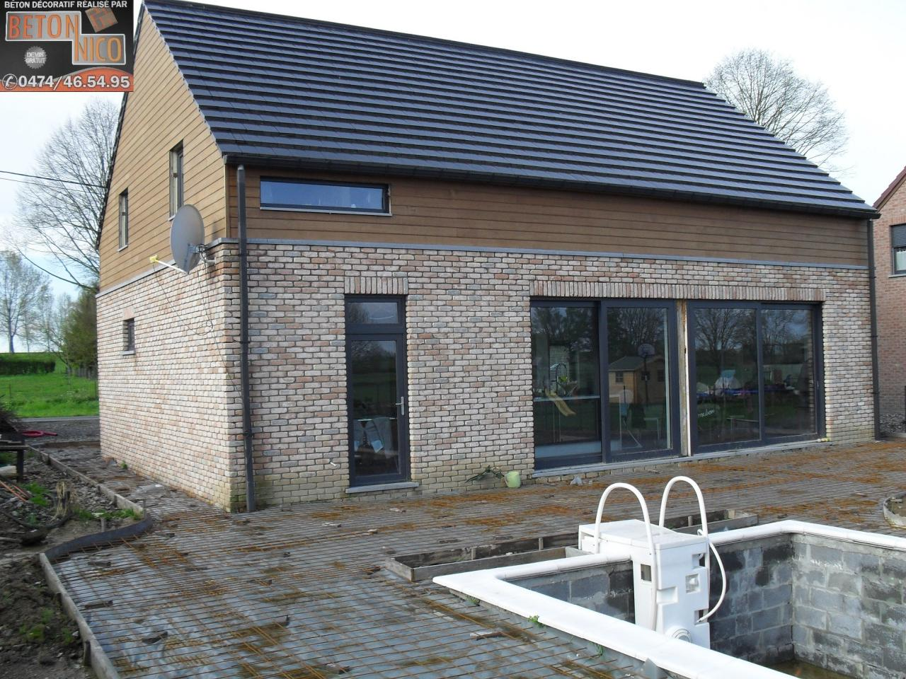 Préparation terrasse et plage de piscine